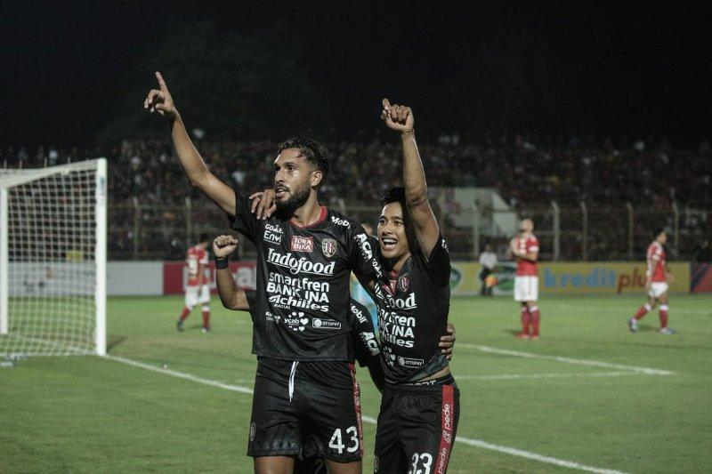 https: img.okezone.com content 2019 12 25 51 2145773 indonesia-berhak-kirim-dua-klub-di-asean-club-championship-2020-F9y99vaf0X.jpg