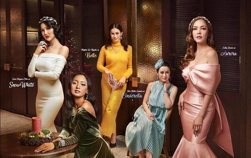 https: img.okezone.com content 2019 12 26 194 2146120 tampilan-cantik-5-selebriti-jadi-disney-princess-di-hari-natal-aOsJQZn7Ta.jpg