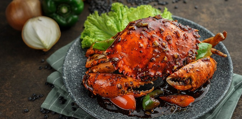https: img.okezone.com content 2019 12 26 298 2146375 resep-seafood-spesial-kepiting-lada-hitam-dan-sate-cumi-bakar-Y9a8VUQSQc.jpg
