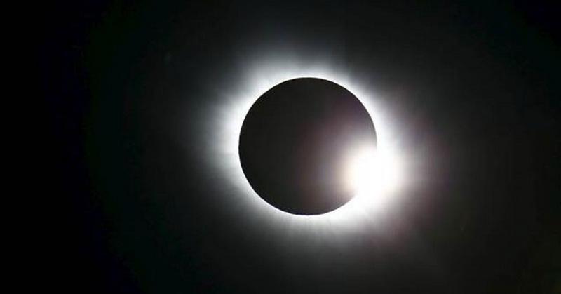 https: img.okezone.com content 2019 12 26 340 2146104 gerhana-matahari-cincin-akan-tampak-penuh-di-dua-wilayah-aceh-voCqJbe6i4.jpg