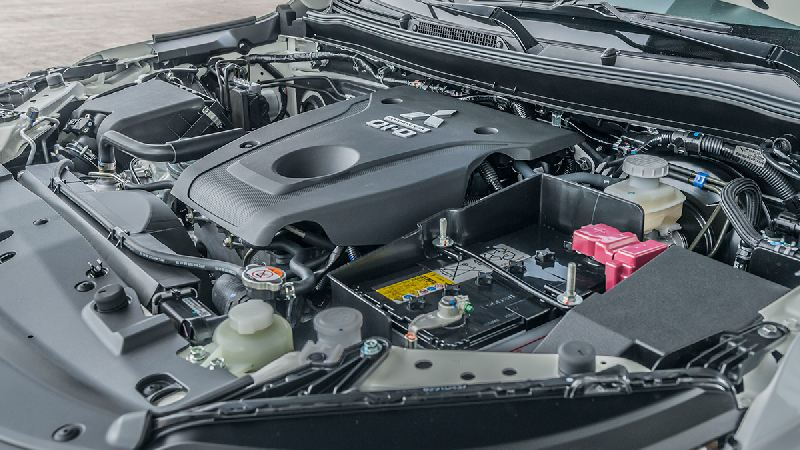 https: img.okezone.com content 2019 12 27 52 2146768 mitsubishi-ambil-keputusan-berhenti-kembangkan-mesin-diesel-I9b3oK052l.jpg