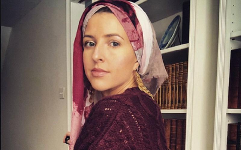 https: img.okezone.com content 2019 12 31 614 2147750 kisah-mualaf-keramahan-muslim-maroko-bikin-penyanyi-amerika-jadi-mualaf-BgxzFEUNyR.jpg
