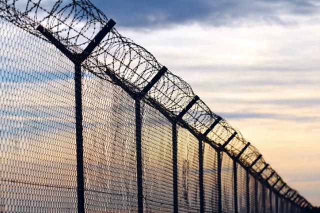 https: img.okezone.com content 2020 01 02 18 2148469 16-narapidana-tewas-dampak-kerusuhan-penjara-di-meksiko-TrbBSVoTZs.jpg