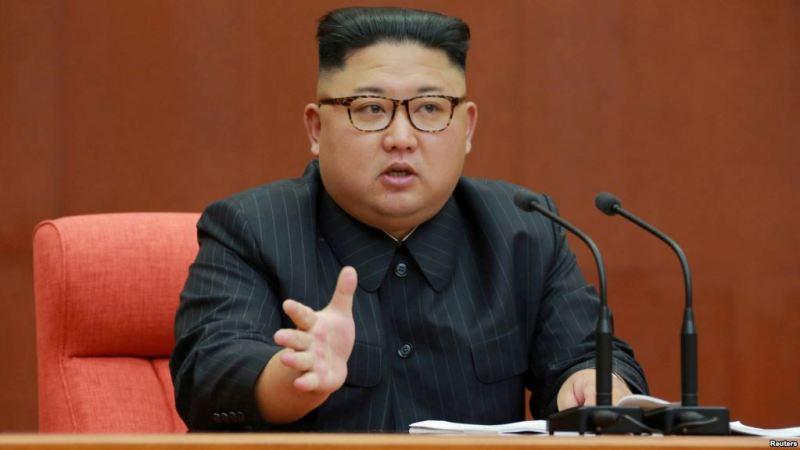 https: img.okezone.com content 2020 01 02 18 2148516 kim-jong-un-dunia-akan-saksikan-senjata-strategis-baru-korea-utara-BG7F1gEslS.jpg