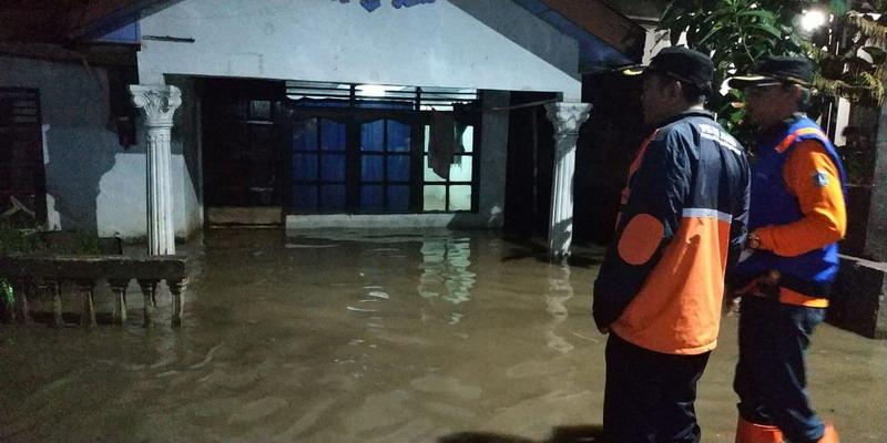 https: img.okezone.com content 2020 01 02 338 2148624 gereja-spmr-blok-q-jakarta-selatan-buka-dapur-umum-untuk-korban-banjir-yeddRtYtSs.jpg