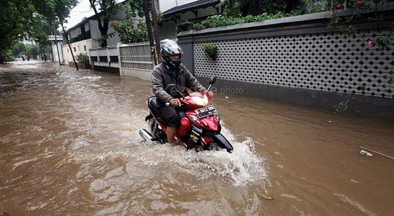 https: img.okezone.com content 2020 01 03 53 2149040 komponen-motor-yang-rentan-saat-terendam-banjir-b5GKSSwSP5.jpg