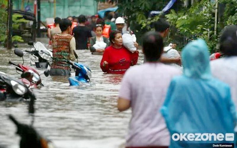 https: img.okezone.com content 2020 01 03 614 2149020 banjir-jakarta-menteri-agama-minta-jangan-saling-menyalahkan-JM57IisveG.JPG