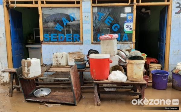 https: img.okezone.com content 2020 01 05 470 2149522 pasca-banjir-8-perabotan-di-rumah-yang-perlu-diwaspadai-unoE6I7dBV.jpg