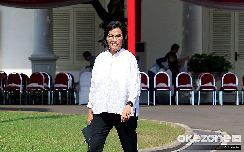 https: img.okezone.com content 2020 01 07 20 2150390 ketika-sri-mulyani-jadi-penguji-sidang-tesis-mahasiswa-ui-bep07J7rCw.jpg
