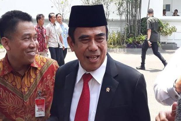 https: img.okezone.com content 2020 01 07 337 2150210 menag-fachrul-kapasitas-jamaah-haji-indonesia-ditambah-10-ribu-orang-iEM8Rc5NVD.jpg