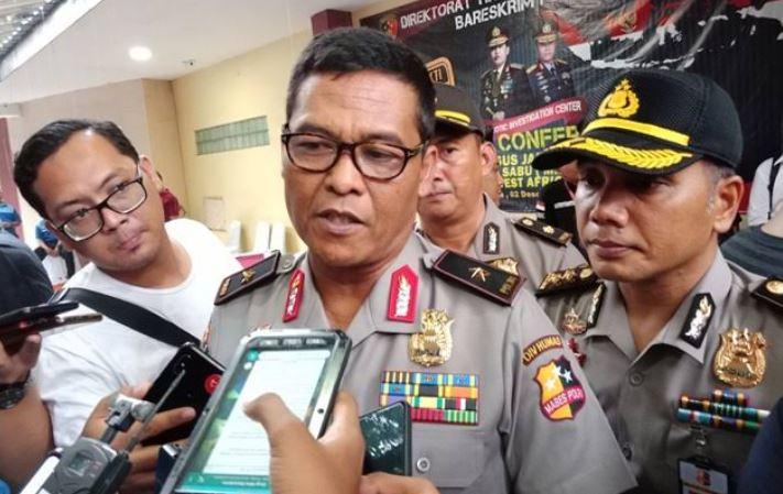 https: img.okezone.com content 2020 01 08 337 2150447 polri-telusuri-jejak-kriminal-reynhard-sinaga-di-indonesia-ylOsAer7FS.JPG