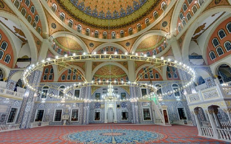 https: img.okezone.com content 2020 01 08 615 2150650 jalan-jalan-ke-london-jangan-lupa-kunjungi-3-masjid-indah-ini-hbJq5baEV2.jpg