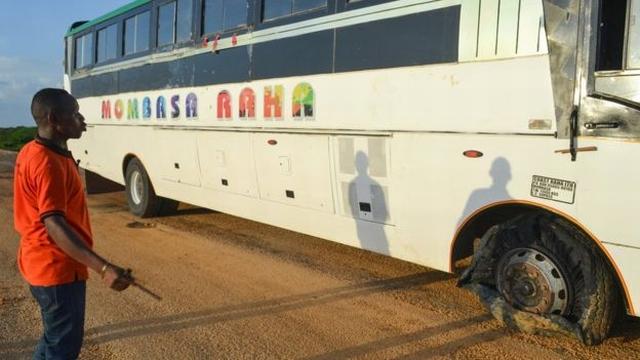 https: img.okezone.com content 2020 01 09 18 2151025 kisah-sopir-bus-selamatkan-47-penumpang-dari-serangan-militan-V87ZaubFzf.jpg