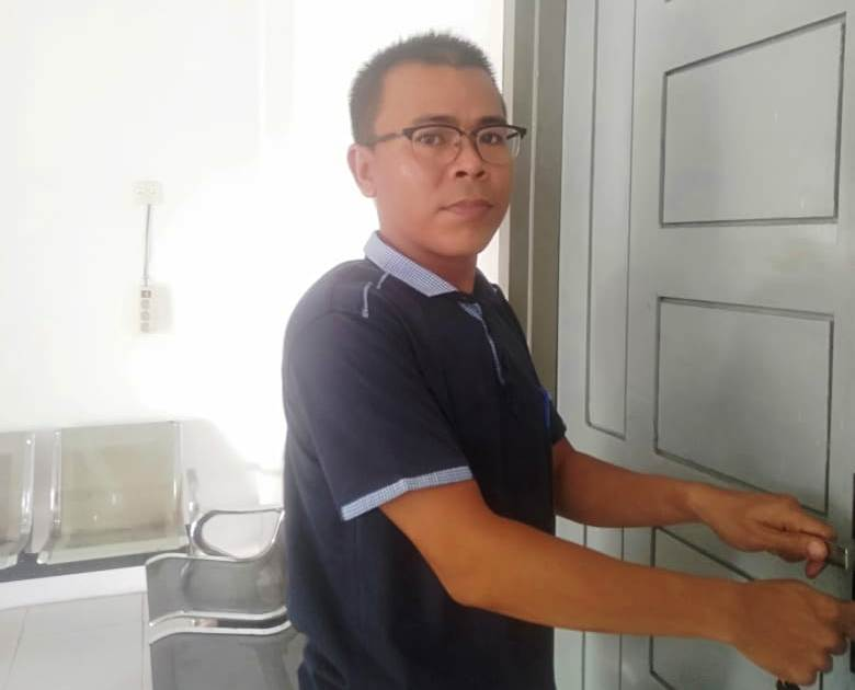 https: img.okezone.com content 2020 01 10 337 2151543 sulaiman-penjaga-kamar-mayat-yang-ahli-menjahit-organ-manusia-t3ZSMn1tig.jpg