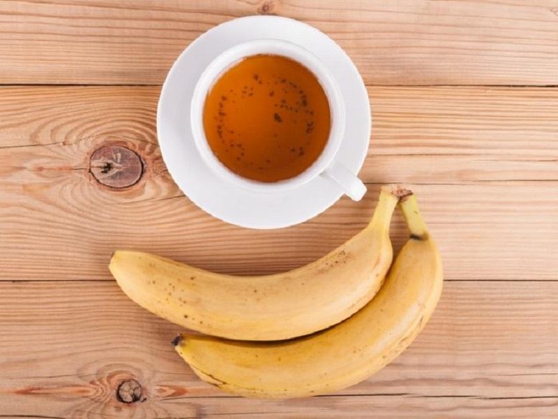 https: img.okezone.com content 2020 01 10 481 2151467 minum-teh-pisang-teratur-cara-enak-bantu-turunkan-berat-badan-Sr4etobEpg.jpg