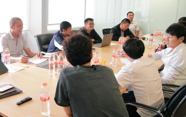 https: img.okezone.com content 2020 01 10 49 2151283 dua-sosok-ini-tak-hadir-dalam-pertemuan-shin-tae-yong-dengan-pssi-DS2jJ9spe8.jpeg
