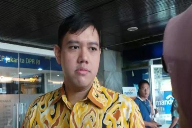 https: img.okezone.com content 2020 01 11 337 2151669 dpr-dukung-pemerintah-bangun-pangkalan-militer-di-natuna-09WL4fM1Dq.jpg