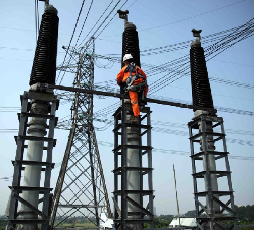 https: img.okezone.com content 2020 01 12 320 2151971 kapasitas-pembangkit-listrik-selama-2019-meningkat-4-2-gigawatt-YvKszfnPsQ.jpeg