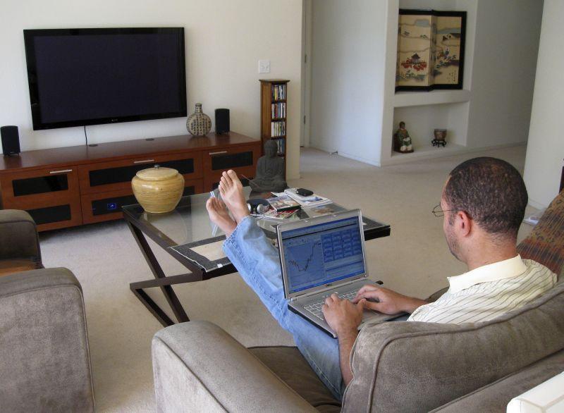 6 Profesi atau Pekerjaan yang Bisa Dilakukan dari Rumah