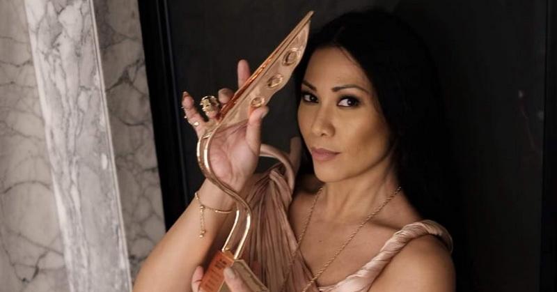 https: img.okezone.com content 2020 01 14 33 2152807 raih-penghargaan-asian-television-awards-anggun-saya-tersanjung-805kNqJ4Bv.jpeg