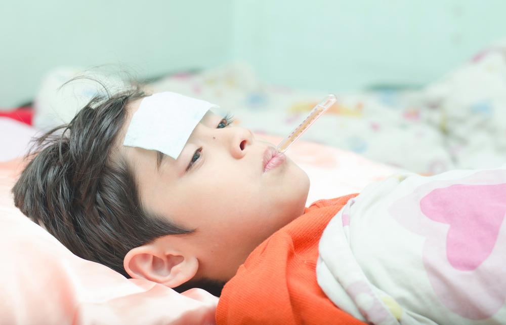 https: img.okezone.com content 2020 01 14 481 2152732 cuma-flu-atau-pneumonia-ini-cara-membedakannya-kehReSm6Gw.jpg