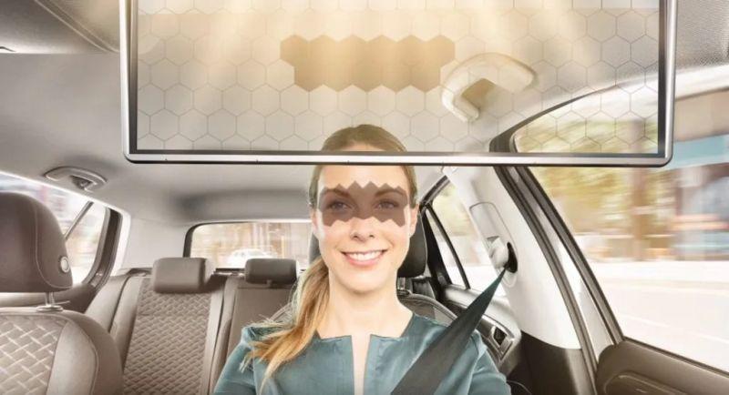 https: img.okezone.com content 2020 01 14 52 2152707 teknologi-visor-ini-memungkinkan-pengemudi-terhindar-silau-sinar-matahari-iz62AnRwgv.jpg