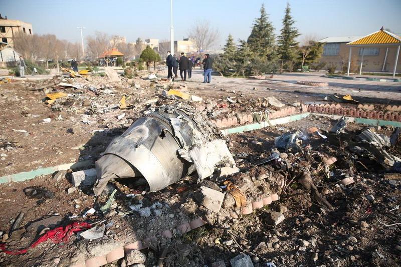 https: img.okezone.com content 2020 01 15 18 2153020 iran-tangkap-penyebar-video-penembakan-pesawat-ukraina-IMdhpMb9FD.jpg
