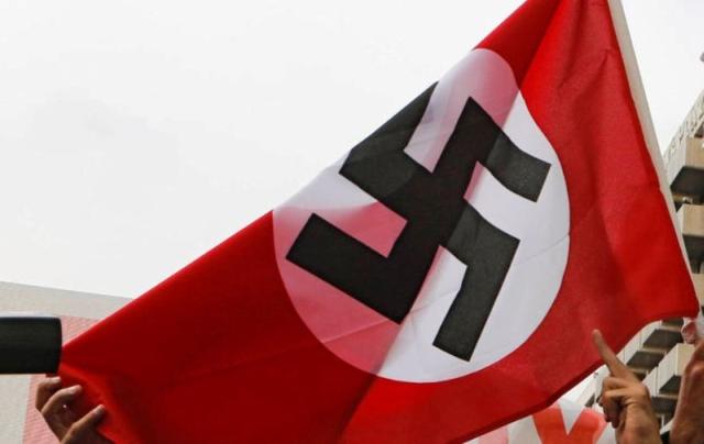 https: img.okezone.com content 2020 01 15 18 2153339 sentimen-anti-yahudi-meningkat-di-australia-victoria-larang-pemasangan-bendera-nazi-BR6wvp1k2Y.jpg