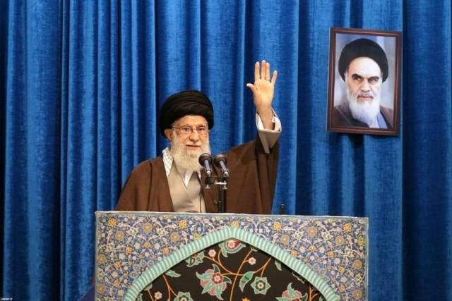 https: img.okezone.com content 2020 01 18 18 2154686 pemimpin-tertinggi-iran-bela-pasukan-revolusi-yang-menembak-pesawat-berpenumpang-176-orang-8lWeGzhwE0.jpg