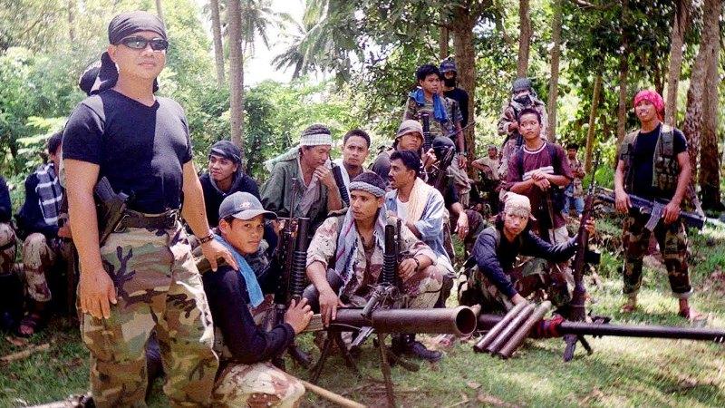 https: img.okezone.com content 2020 01 19 18 2155086 5-nelayan-indonesia-diculik-abu-sayyaf-1-pelaku-tewas-ditembak-FkmlT48BQv.jpg