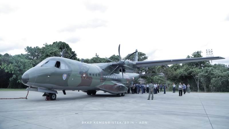 https: img.okezone.com content 2020 01 20 56 2155642 hari-ini-2-pesawat-tni-au-bantu-operasi-penyemaian-garam-tmc-bfWzNLGXrp.jpg