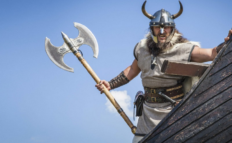 https: img.okezone.com content 2020 01 20 614 2155651 ini-bukti-kontak-antara-muslim-dengan-viking-di-skandinavia-sf3X3qOCjm.jpg