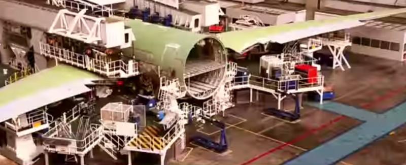 https: img.okezone.com content 2020 01 21 312 2156126 besar-peluang-penggunaan-komposit-dalam-pembuatan-pesawat-S3r6di8poc.jpg