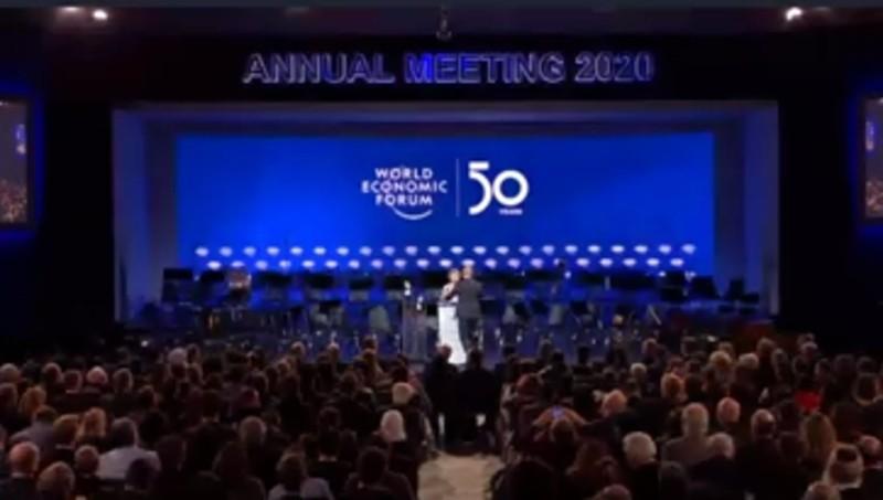 https: img.okezone.com content 2020 01 22 207 2156467 para-penemu-di-bidang-sains-hadiri-world-economic-forum-annual-meeting-yLrUFMa4HE.jpg