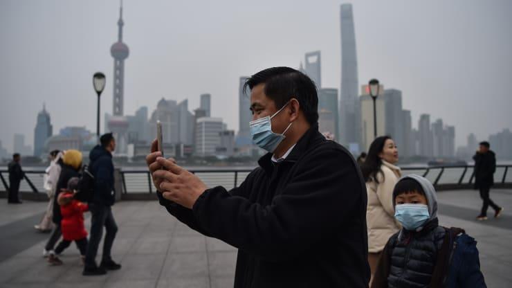https: img.okezone.com content 2020 01 22 320 2156774 industri-pariwisata-china-bakal-terhantam-virus-korona-f9gvUiUWc7.jpeg