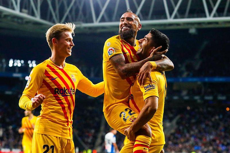 https: img.okezone.com content 2020 01 24 261 2157623 de-jong-lebih-berambisi-juarai-liga-champions-ketimbang-liga-spanyol-WpHFNDu7RK.jpg