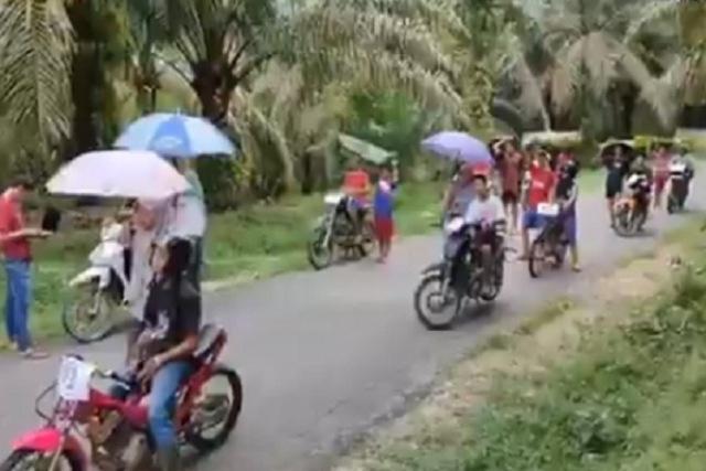 https: img.okezone.com content 2020 01 24 512 2157758 viral-balapan-hemat-di-indonesia-sampai-jadi-perhatian-motogp-14vbU1aFVx.jpg