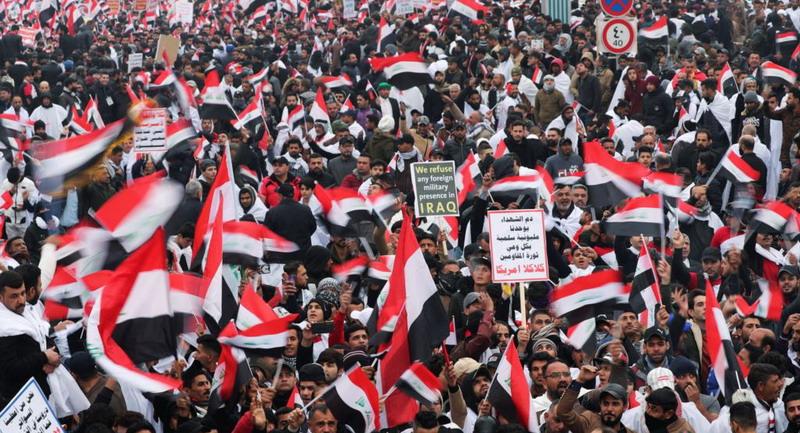 https: img.okezone.com content 2020 01 25 18 2158287 ribuan-orang-gelar-unjuk-rasa-di-baghdad-tuntut-pasukan-as-tinggalkan-irak-ENn5QMaXqc.jpg
