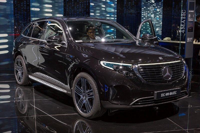 Mercedes Targetkan Produksi Mobil Listrik Eqc Tembus 50 Ribu Unit Pada 2020 Okezone Otomotif