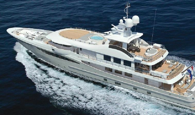 https: img.okezone.com content 2020 01 27 320 2158863 intip-penampakan-2-kapal-cruise-terbesar-parkir-di-pelabuhan-benoa-UTQCw8KVYu.jpg