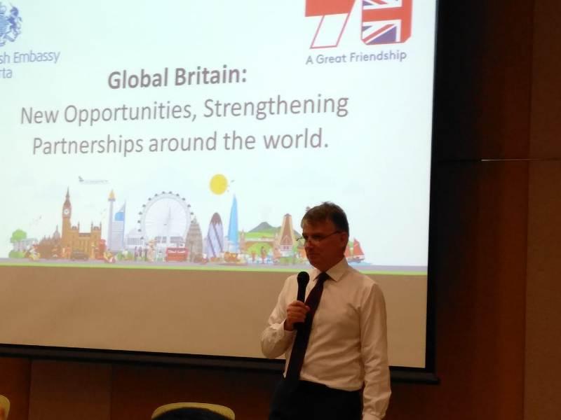 https: img.okezone.com content 2020 01 31 18 2161413 brexit-jadi-kesempatan-inggris-tunjukkan-global-britania-9K4BNBtcaN.jpeg