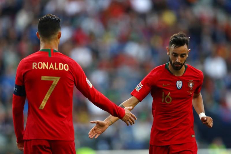 Jose Enrique Kritik Cristiano Ronaldo dan Bruno Fernandes
