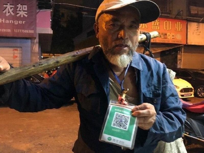 https: img.okezone.com content 2020 01 31 612 2161307 pekerjaan-unik-yang-mungkin-cuma-bisa-anda-temui-di-china-R5SWBf2Mpf.jpg
