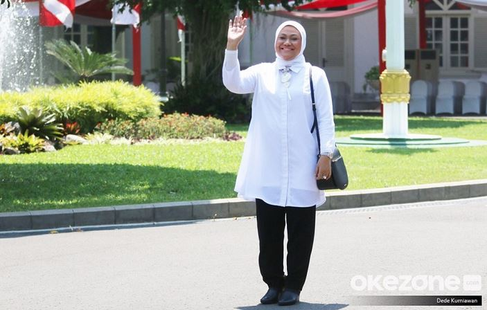 https: img.okezone.com content 2020 02 04 320 2163281 ada-virus-korona-menaker-pastikan-pekerja-migran-indonesia-di-china-sehat-BIucSK9g92.JPG