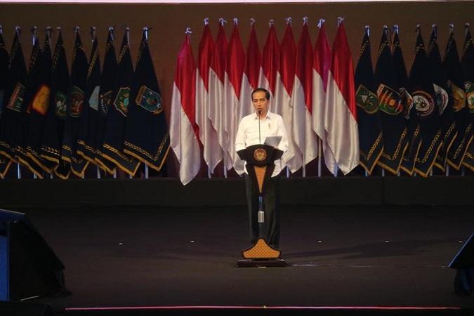 https: img.okezone.com content 2020 02 04 337 2163284 presiden-jokowi-sampaikan-lima-poin-solusi-penanggulangan-bencana-SX2qyjrI5B.jpg