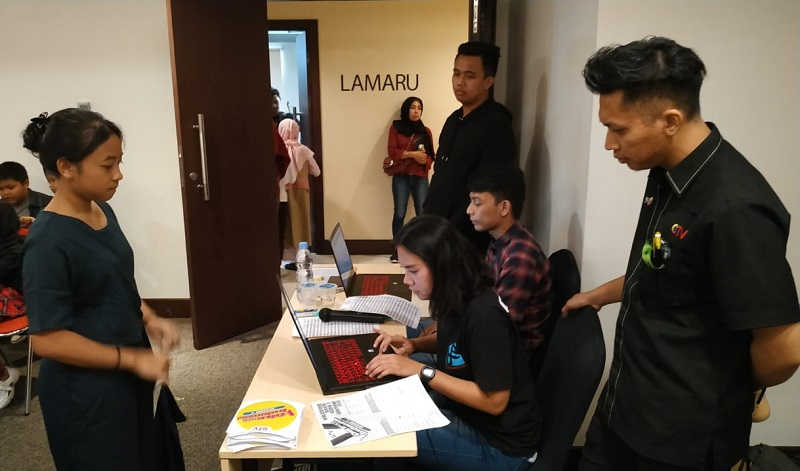 https: img.okezone.com content 2020 02 04 598 2163041 bakat-bakat-muda-ramaikan-audisi-the-voice-kids-indonesia-season-4-di-balikpapan-sYVKbYyDOW.jpg