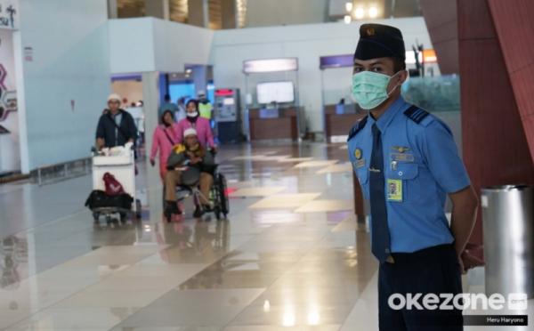 https: img.okezone.com content 2020 02 05 320 2163528 bandara-soetta-setop-seluruh-penerbangan-indonesia-china-0tbLipLJw6.jpg