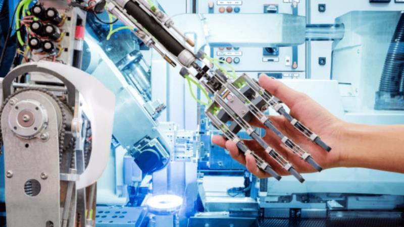 https: img.okezone.com content 2020 02 06 207 2164296 pentingnya-pendidikan-tinggi-di-era-teknologi-otomasi-8Dm4389ipE.jpg