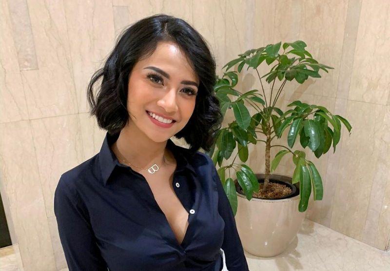 Vanessa Angel Sebar 150 Undangan Untuk Resepsi Pernikahan Di Bali