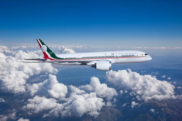 https: img.okezone.com content 2020 02 08 18 2165392 presiden-meksiko-batalkan-undian-berhadiah-pesawat-boeing-787-seharha-rp1-7-triliun-gIV1403Ljj.jpg